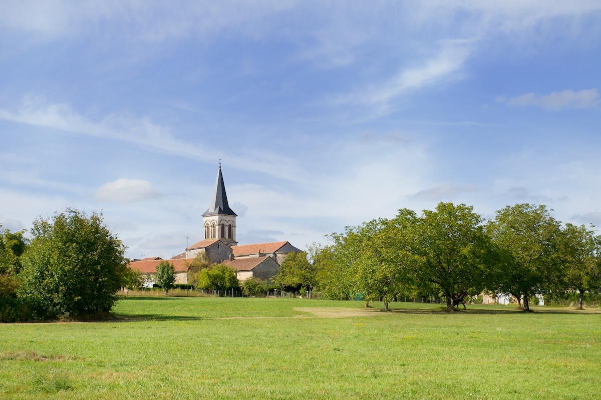 Village rural de Charente (16)